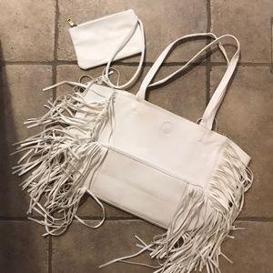 Handbags - White faux leather fringe tote w/wristlet